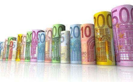Gelddiagramm aus Euroscheinen